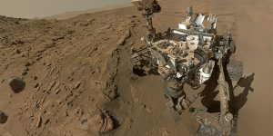Weekend Stories: Curiosity four years on Mars, Arduino smart gloves, and the Omnicopter