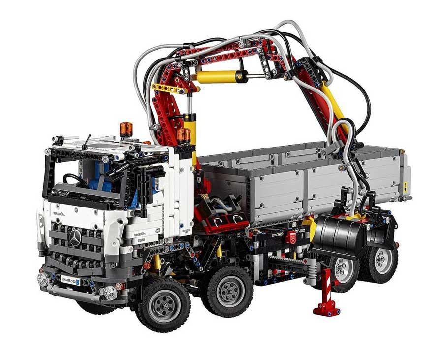 lego technic 42043 mercedes benz arocs smashing robotics. Black Bedroom Furniture Sets. Home Design Ideas
